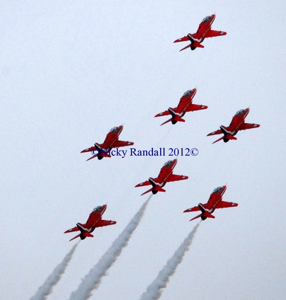 Red Arrows 26